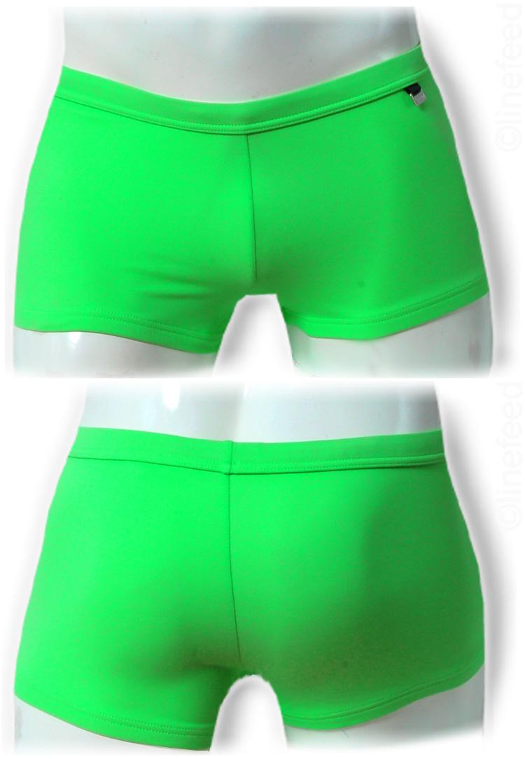 e34f26c010 boxer de baño, marca HOM, unicolor verde fosforescente, en el lado logotipo  de metal